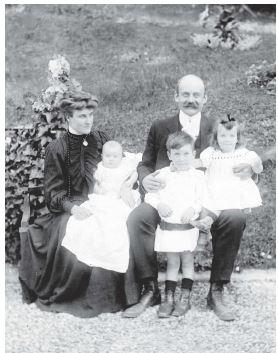 1-3 1907 Famille Fournié.jpg