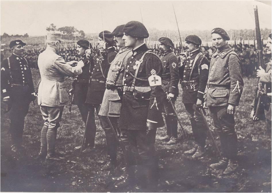 Paul;Boucher 13-2 Image 2 Décoré par Pétain.jpg