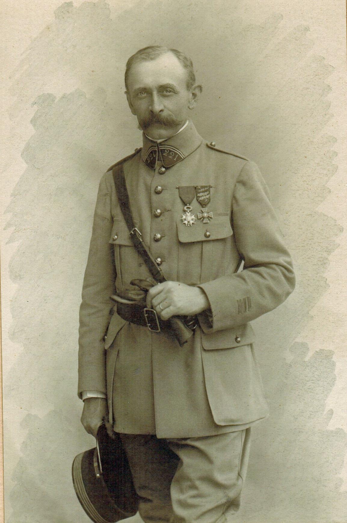 1918-1919 Favre Edouard BEST rogne Photoshop.jpg