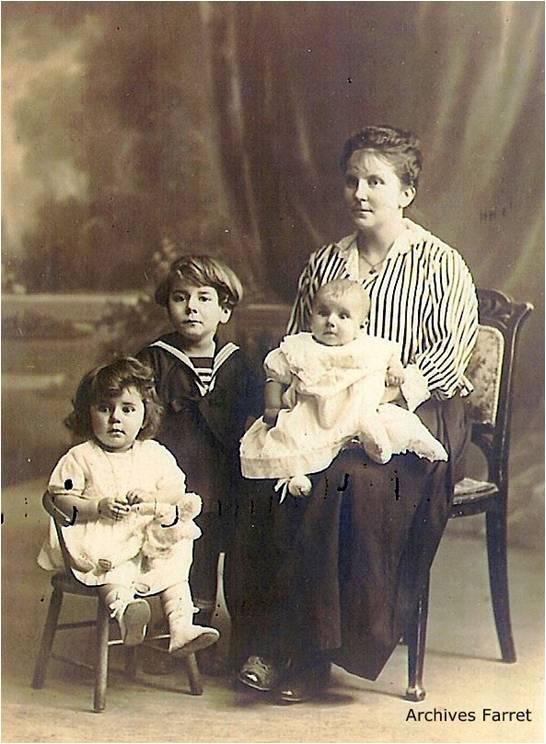 Farret34 Image7 Yvonne Farret et ses enfants.jpg