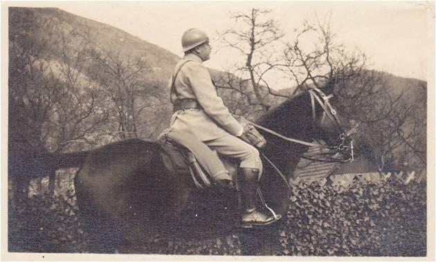 1915 Paul Boucher à cheval.jpg