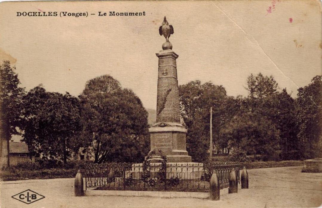 Docelles Image46 Monument aux morts.jpg