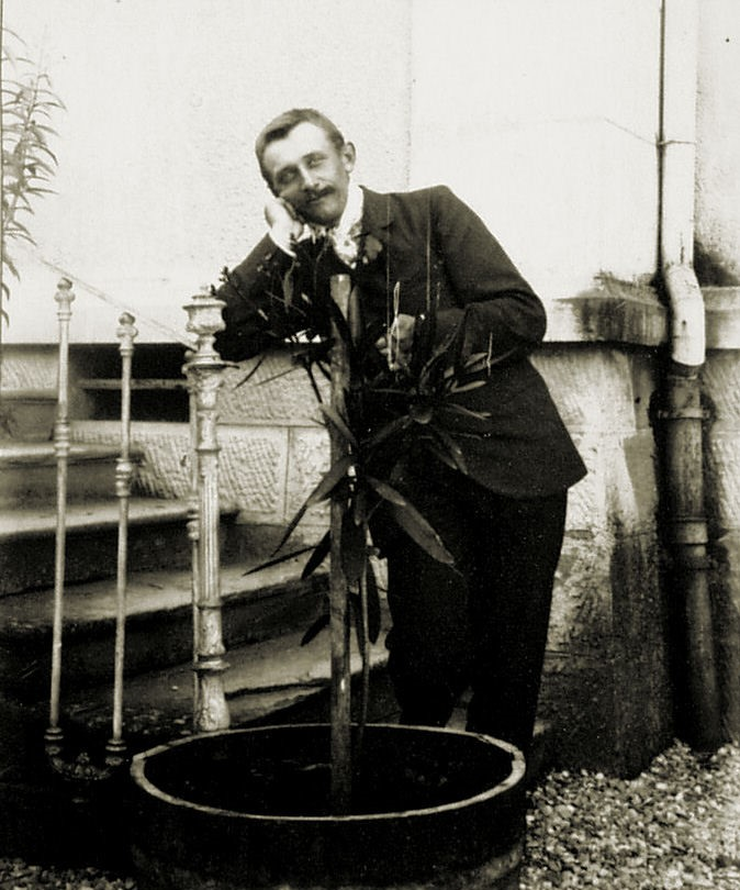 17-1902 edouardfavre pringy fiancé (Alain Aussedat) sans texte.jpg