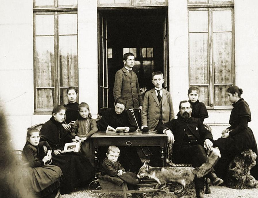 19-1891 Famille Jean-Marie Aussedat (Alain Aussedat) sans texte.jpg