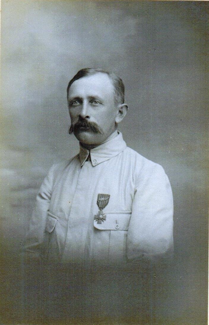 32-1915 Favre Edouard BEST rogne Best.jpg