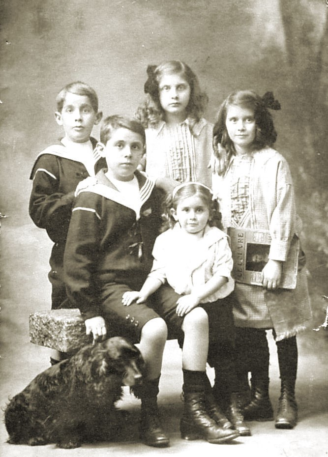 33-1912 famille Edouard Favre (Alain Aussedat) sans texte.jpg