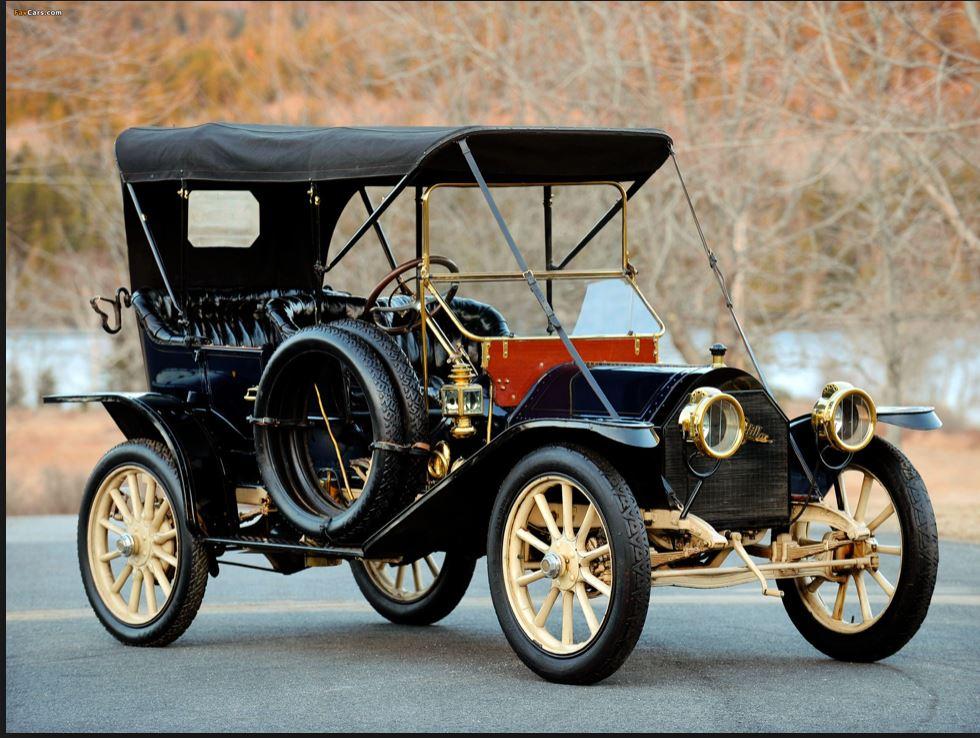 Cadillac 1910 Model 30 Demi Tonneau (Pinterest.fr).JPG