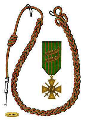 Farret39 Image2 Fourragère avec croix de guerre.jpg