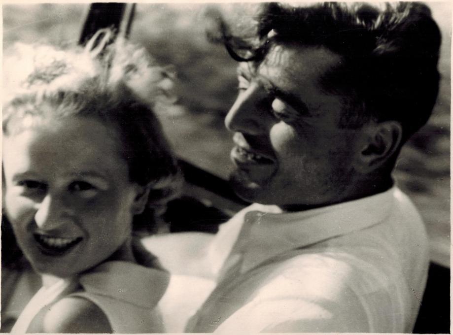 1938 Serge Thibaux et sa femme Yolande Fontaine CADRE.jpg