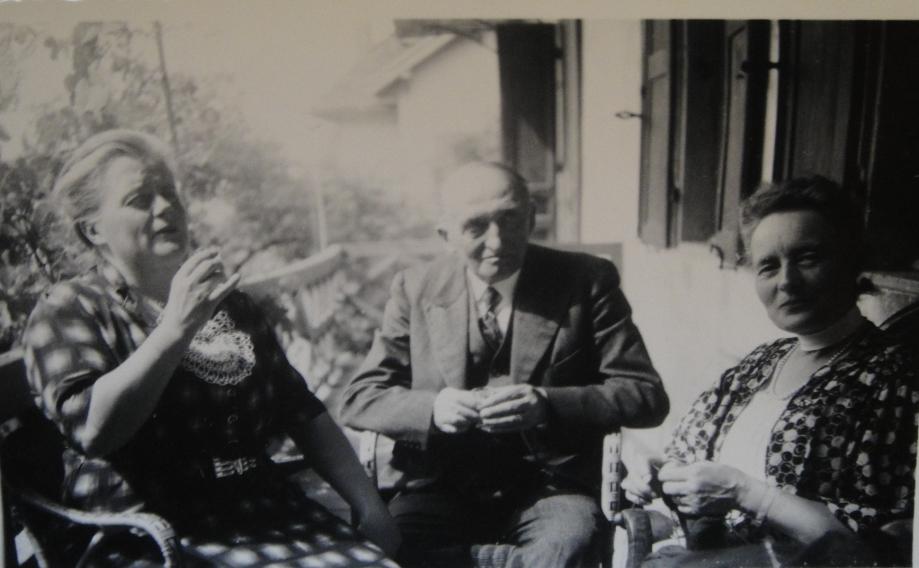 1939 Nénée Favre Georges et Mimi Cuny à Menthon sur la galerie – Août 1939-DSC04843 RECADRE.jpg