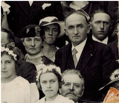 1933 Marie et Georges Cuny au mariage Dugravot (V0382).jpg