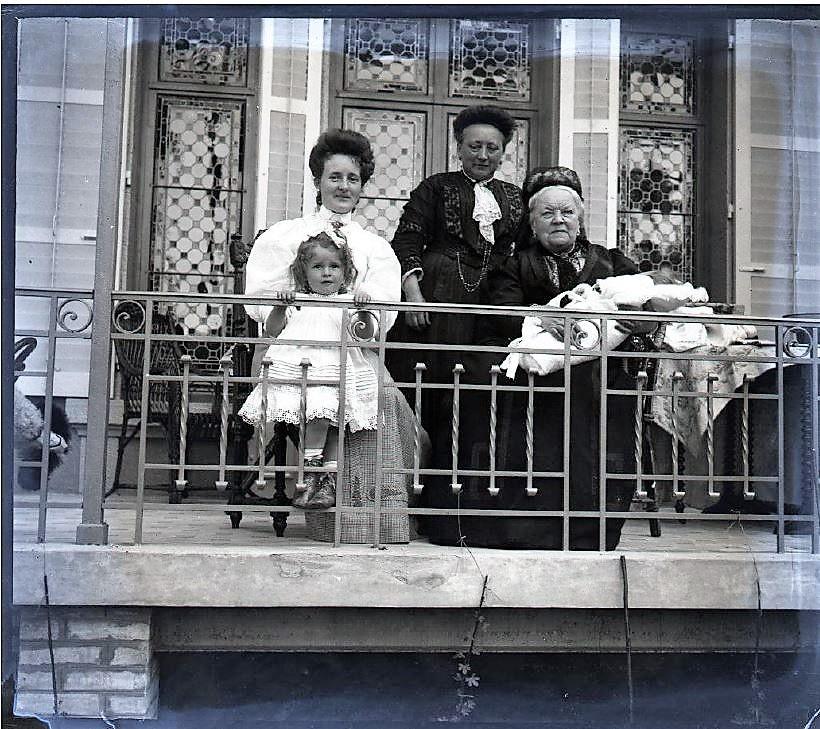 Image 14 Docelles 1909 Baptême Noelle Cuny 2.jpg