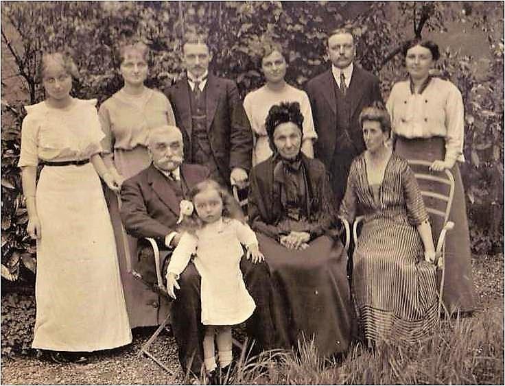 Image 26 1913 Famille Vautrin 2 NEW.jpg