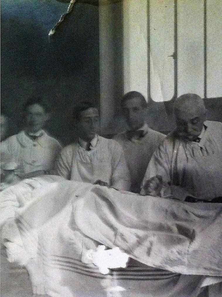 Image 31 Alexis Vautrin et opéré 1915.jpg