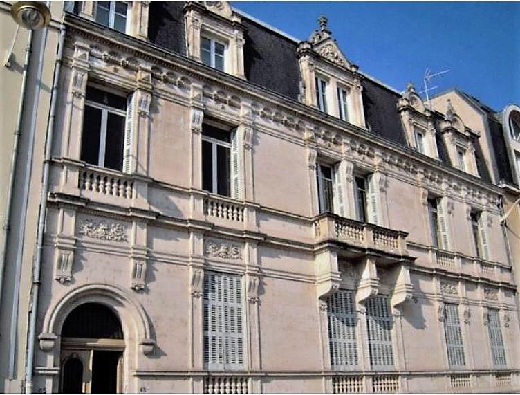 Image 40 Maison cours Léopold.jpg