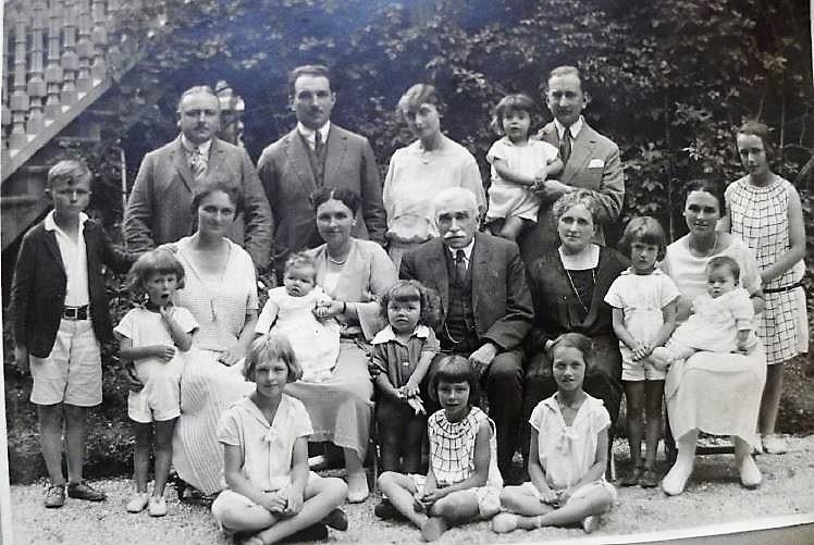 Image 48 1924 Famille Anna et Alexis Vautrin.jpg