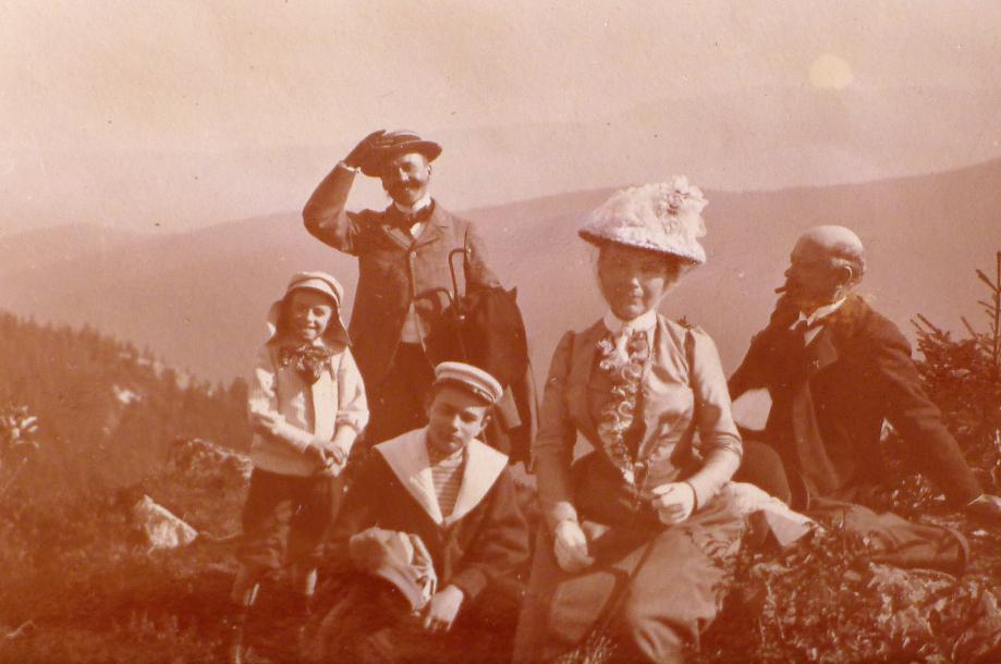 Image 15 1897 P1120269.JPG