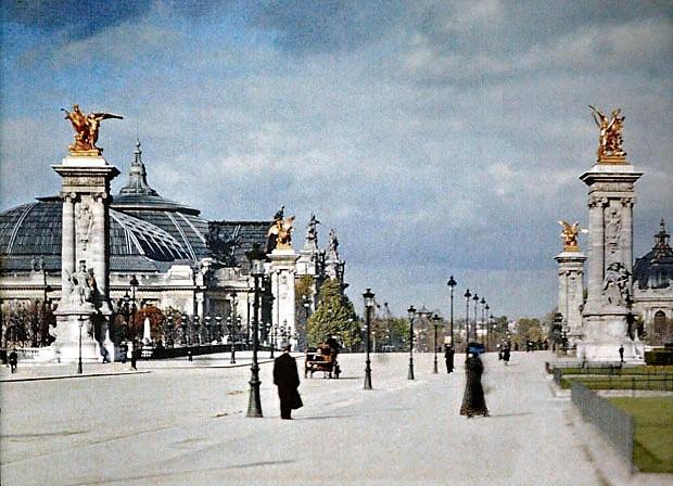 Image 28 1900 de-rares-photos-de-paris-au-20e-siecle-refont-surface-en-couleur27.jpg