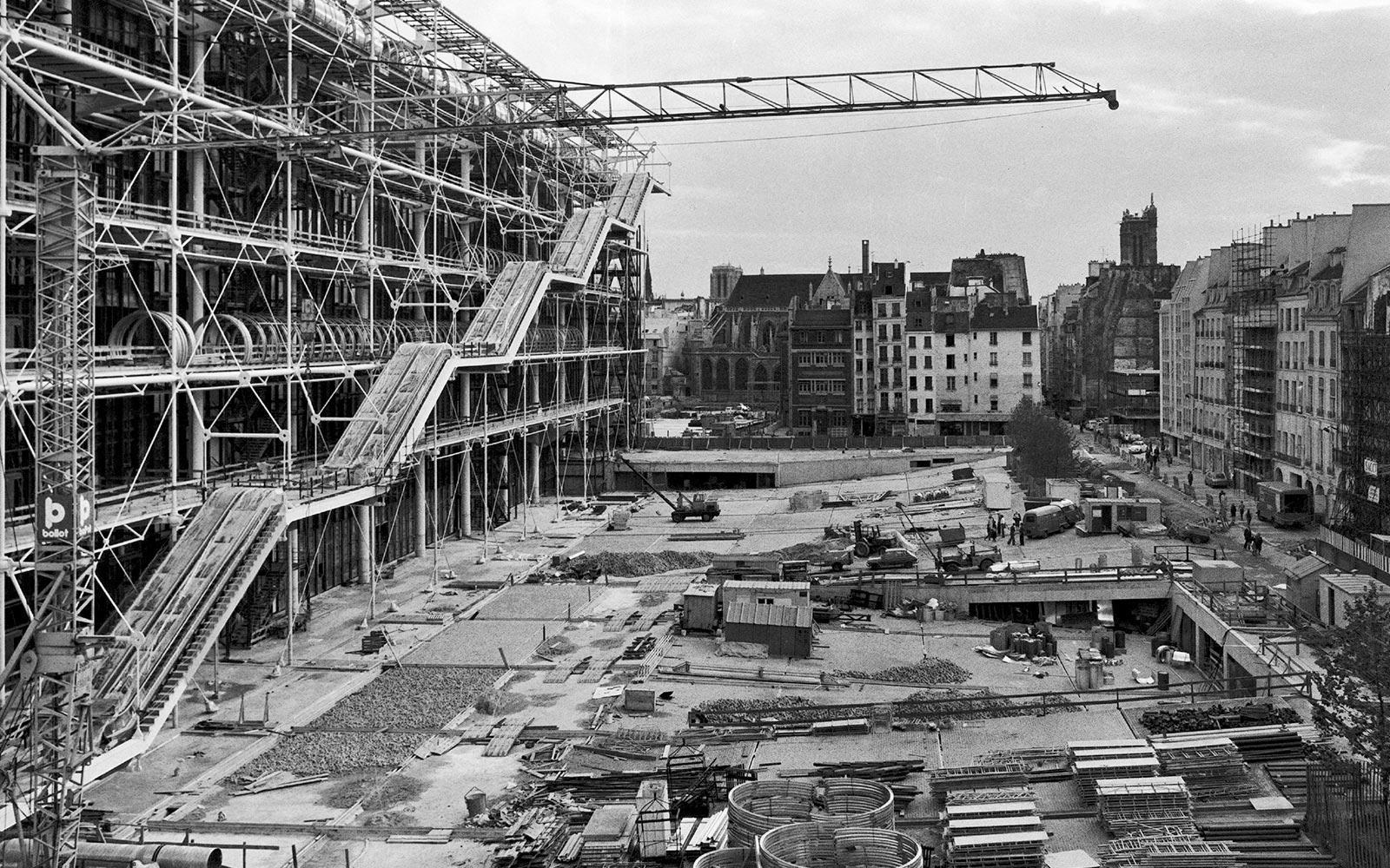 1976_construction-Beaubourg_01
