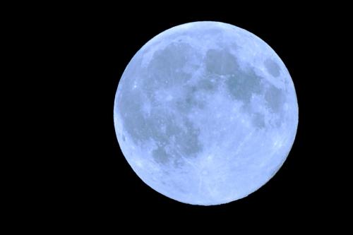 lune bleue.jpg