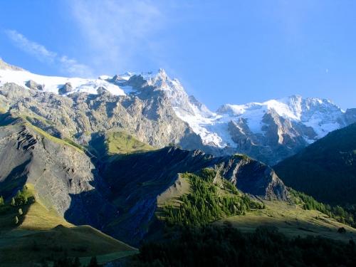 montagnes glaciers.jpg