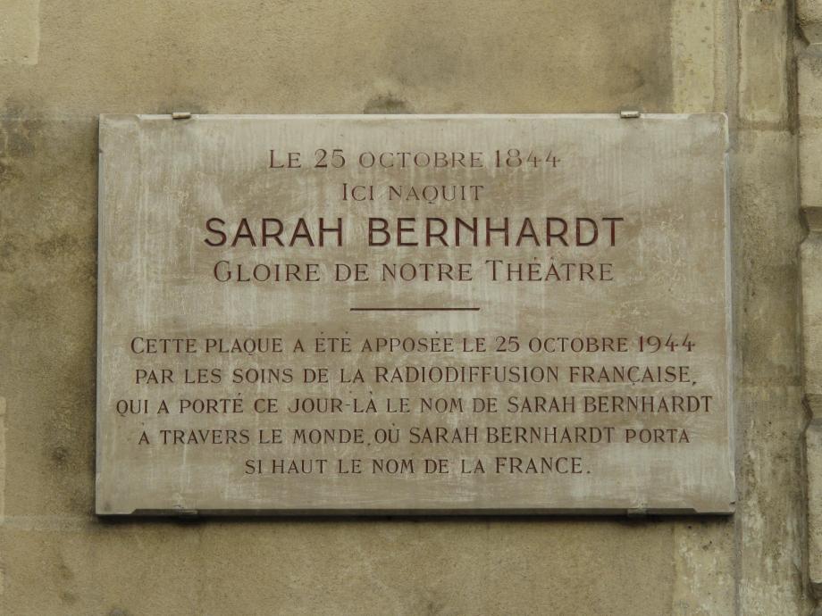 Plaque_Sarah_Bernhardt.jpg