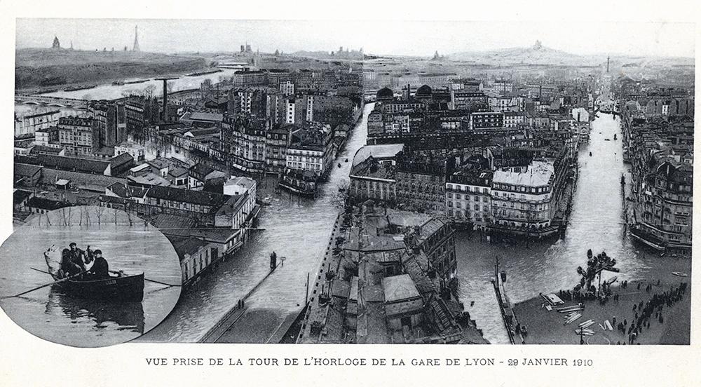 Vue_sur_Paris_inondé_en_1910.jpg