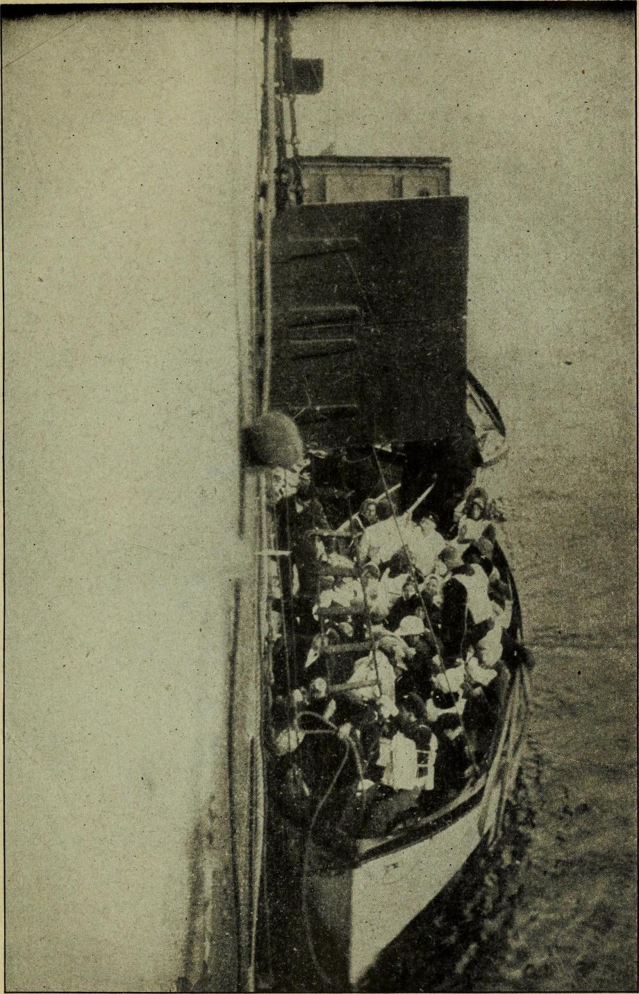 Titanicboat_12.jpg