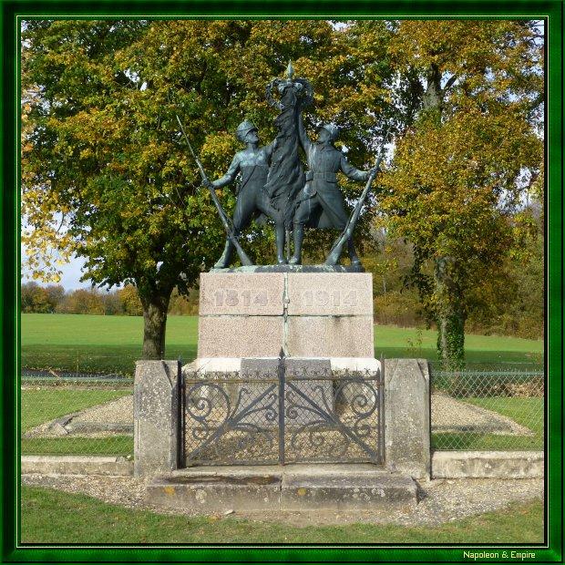 craonne-hurtebise-monument.jpg
