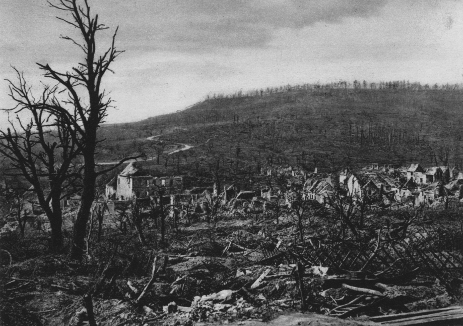 Soupir_(Aisne)_nach_den_April-Angriffen_1917.jpg
