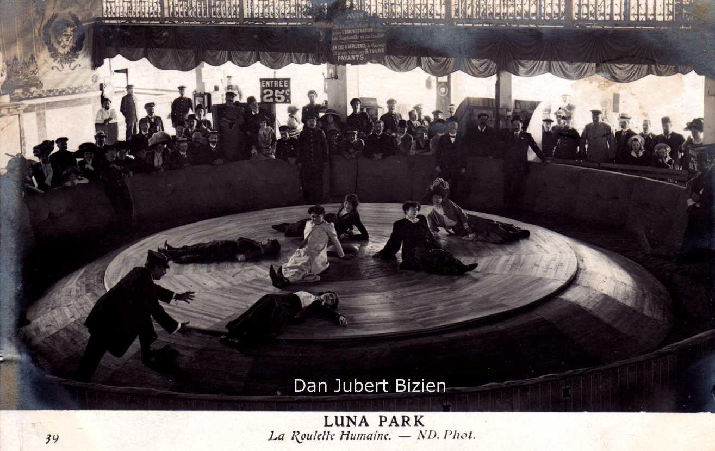Paris-Luna-Park-roullette-humaine.jpg