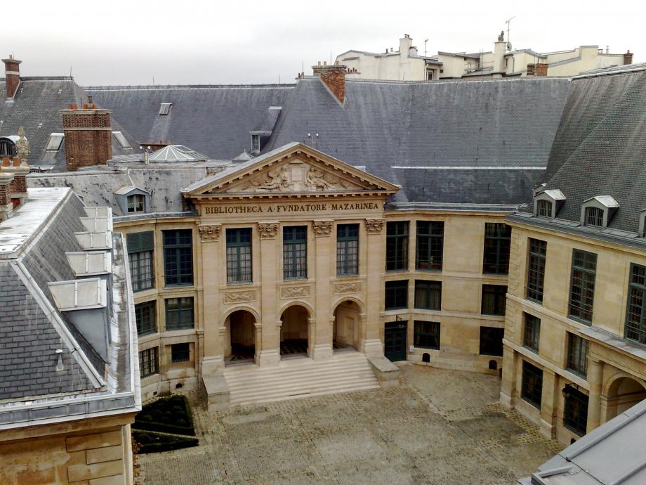 Bibliotheque_Mazarine_Cour_d\\\'honneur_Institut