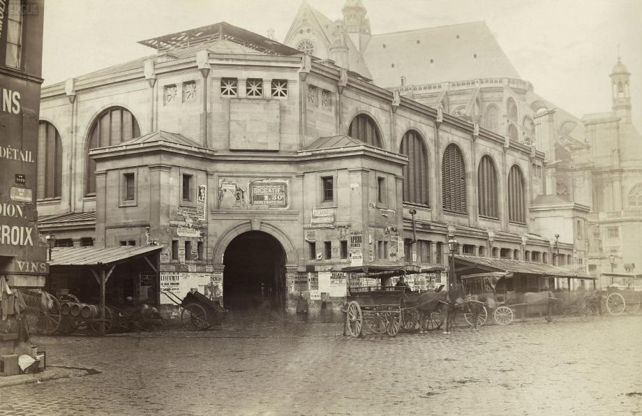 Charles_Marville,_Pavillon_des_Halles_centrales,_1866