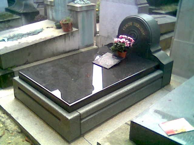 Debussy\\\'s_grave