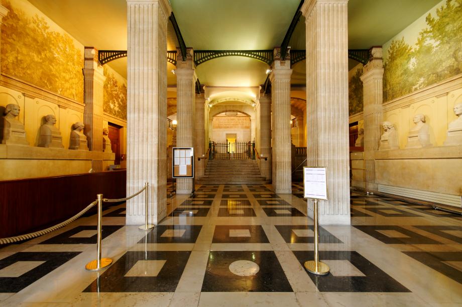Hall_entree_Bibliotheque_Sainte-Genevieve