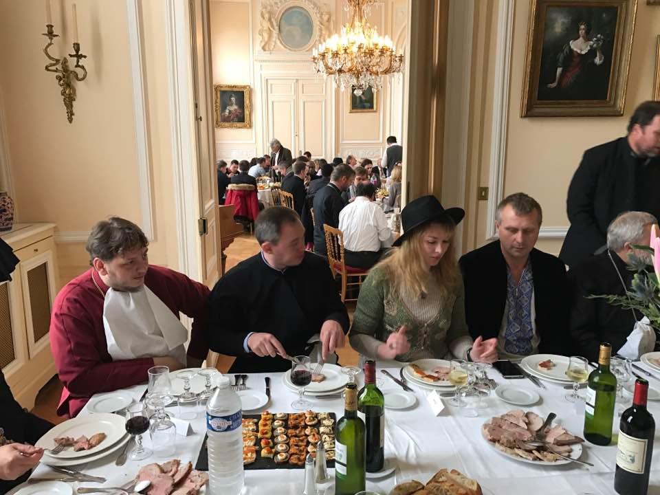 Table d'Honneur1.jpg