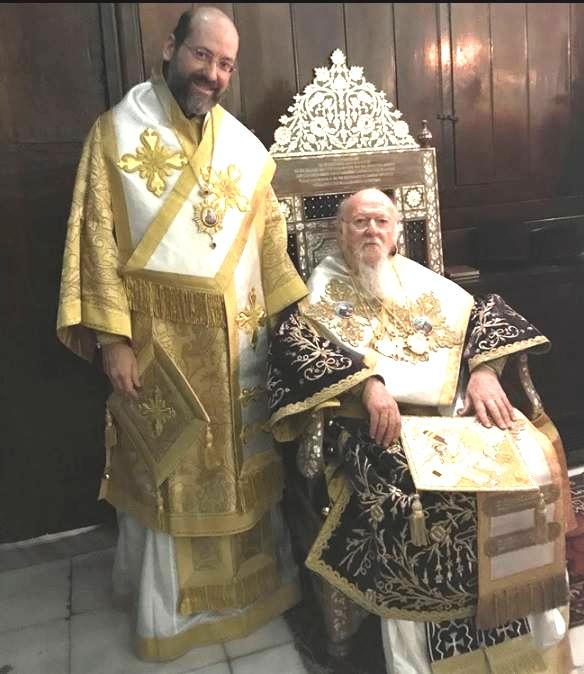 mgr job et le saint patriarche.jpg