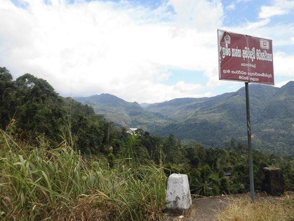 18 fev - en route vers Nuwara Eliya (16).JPG