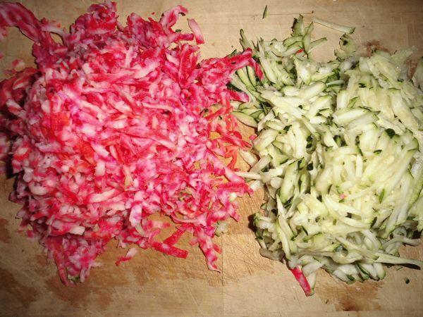 salade crue chou kale betterave chioggia courgette (4).JPG