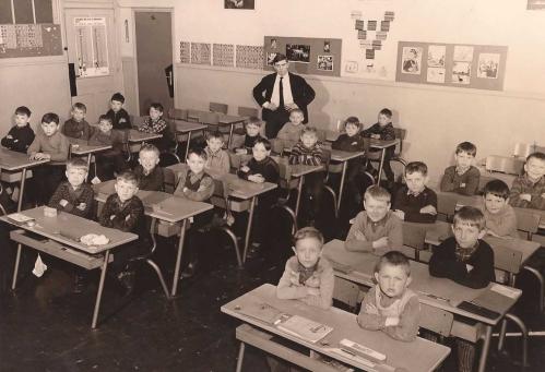 classe 56 année 1963-1964 recadre PR.jpg