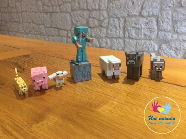 figurines minecraft (600x448).jpg
