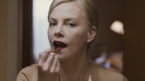 charlize-theron-young-adult-movie-image-1.jpg