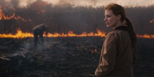 o-JESSICA-CHASTAIN-INTERSTELLAR-facebook.jpg