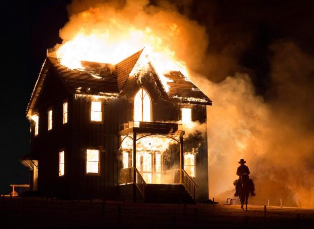 the-homesman-burning-house.jpg