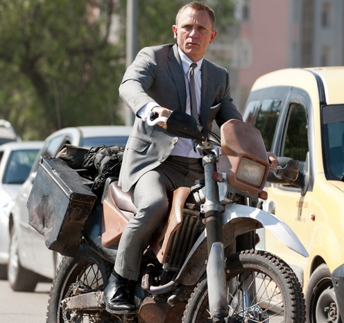 james-bond-skyfall-motorcycle-chase-olympics.jpg