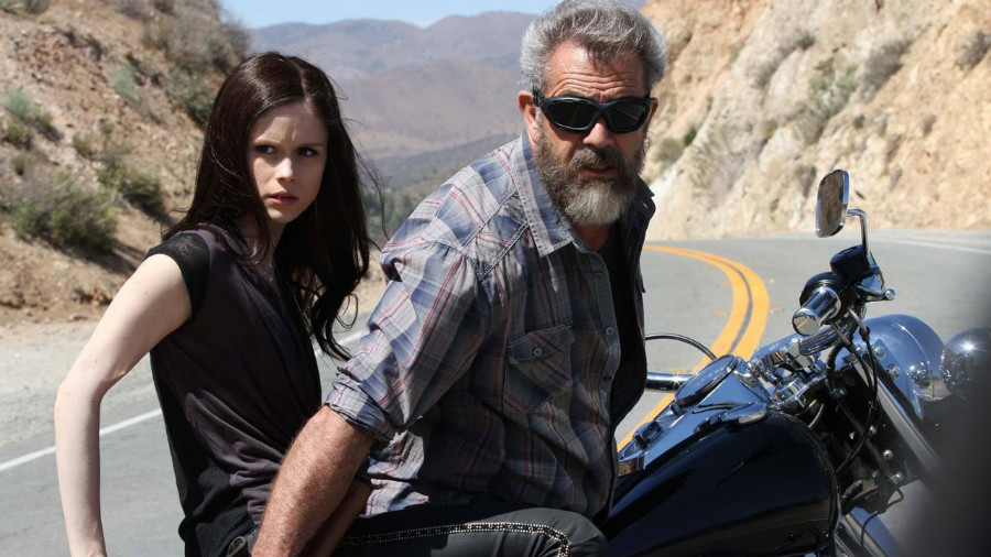 mel-gibson-erin-moriarty-blood-father.jpg