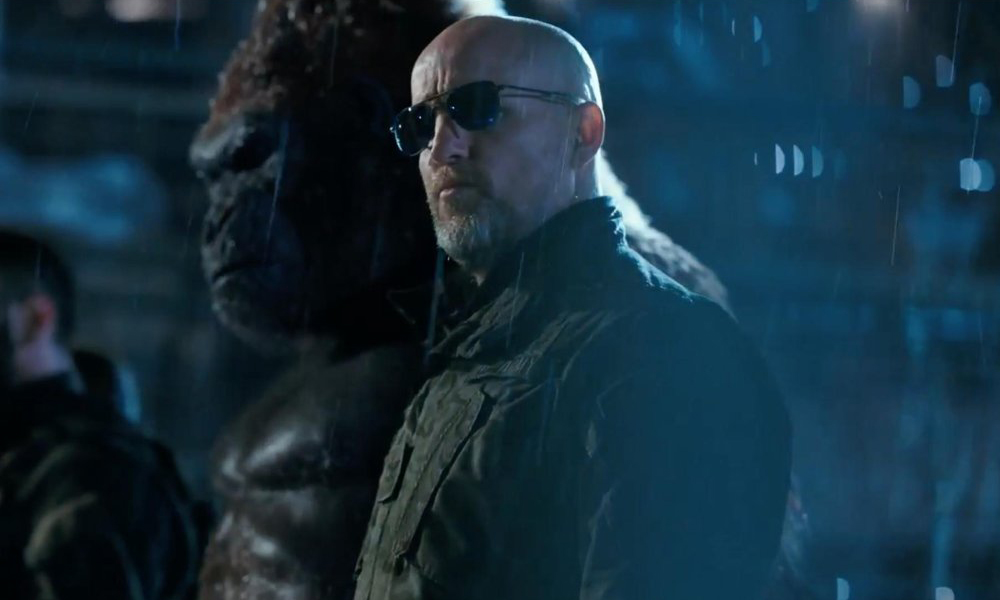 woody-harrelson-sunglasses-war-planet-apes.jpg