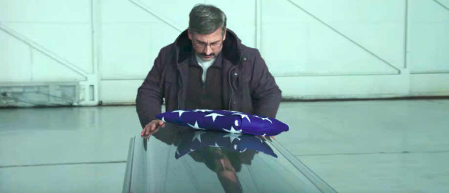 Steve_Carell_in_Richard_Linklater_Last_Flag_Flying-e1510343035121.png