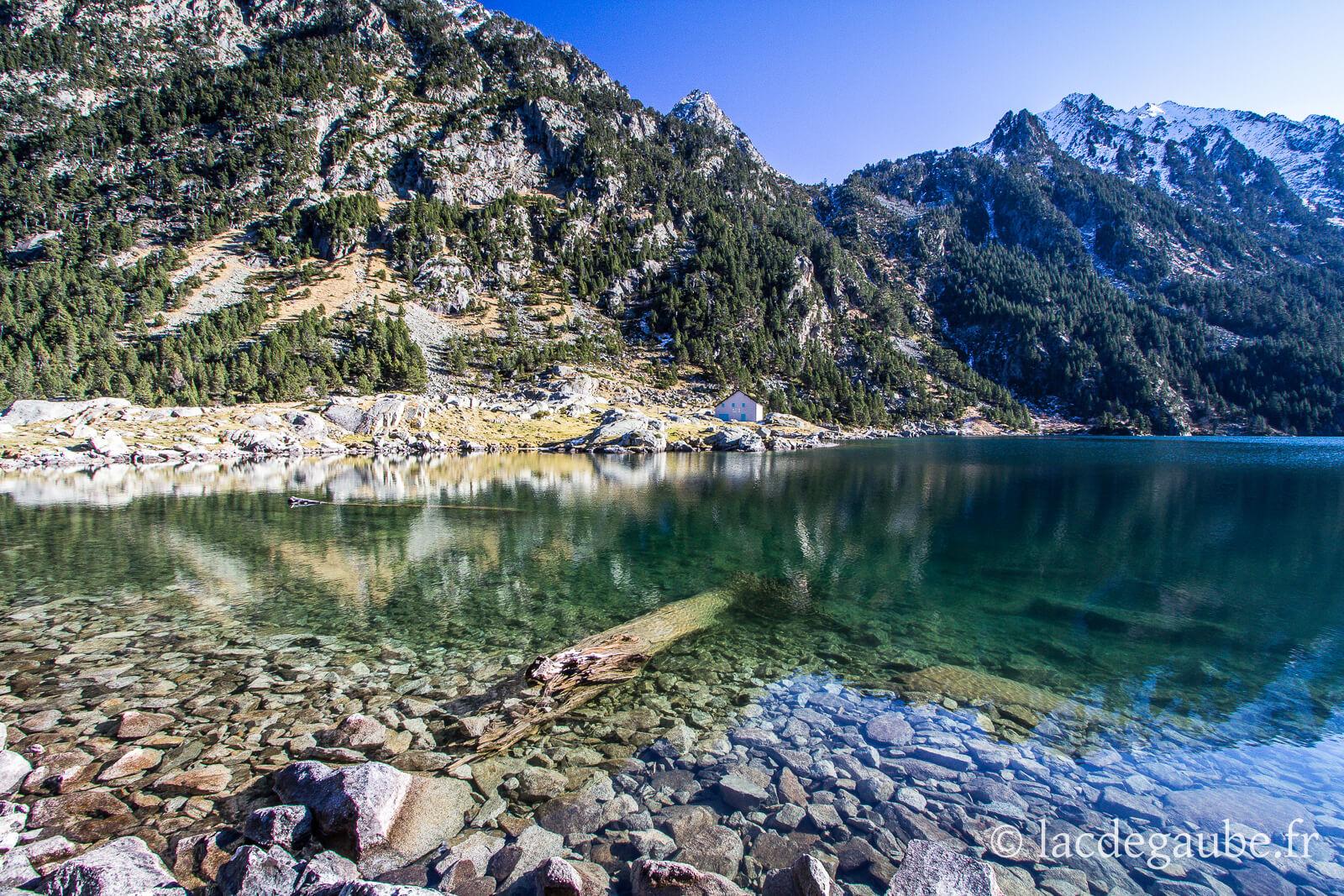 Lac de Gaube Pyrénées 2.jpg