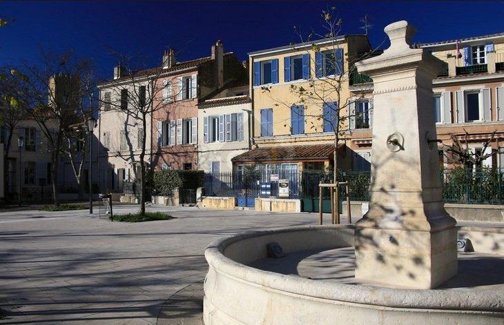 Place des Héros 3.jpg